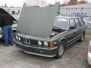 1981-es BMW 733i: a hetes kombi