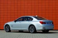Megnyugtatásul: Nem lesz 4 hengeres 7-es BMW.