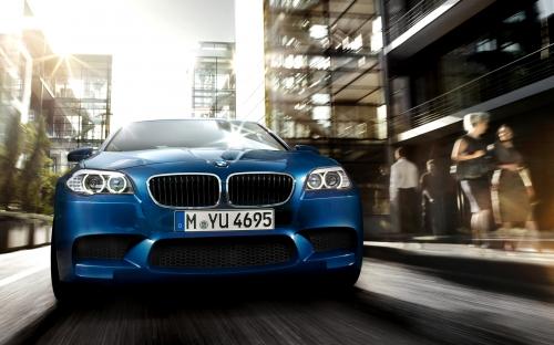 Háttérképek: Az új F10-es BMW M5