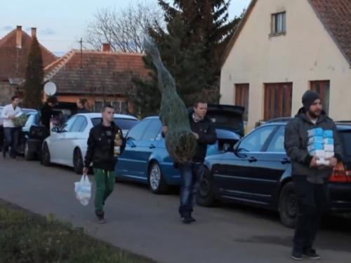 Megható BMW-s összefogás karácsonykor