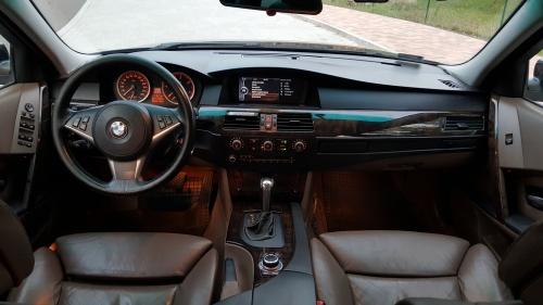 Nem csak eladni, vásárolni sem tud autót a magyar