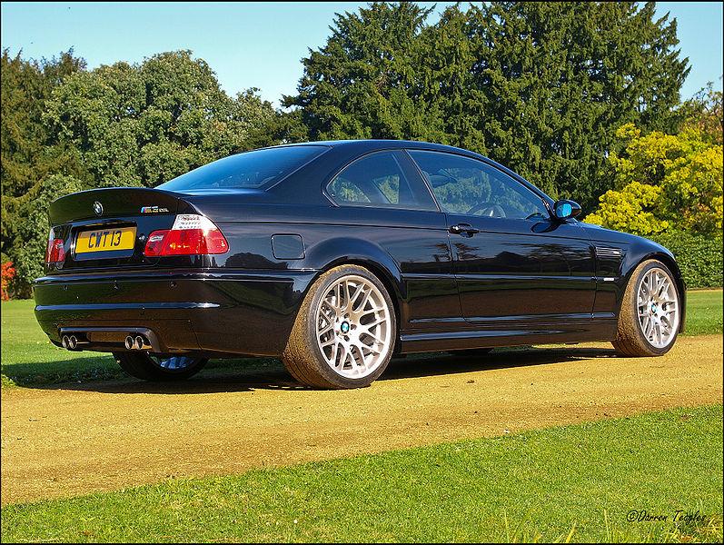 Black BMW M3 CSL E46 nagyítás