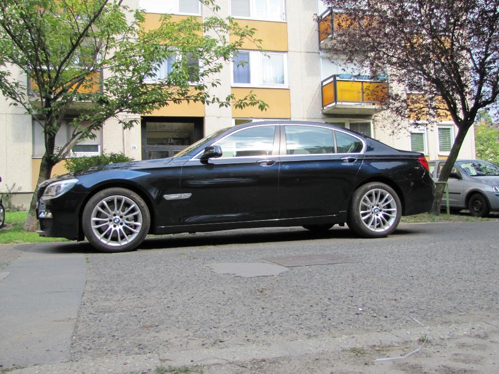 BMW 740d xDrive M Sport nagyítás