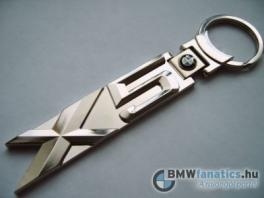 BMW X5-ös kulcstartó